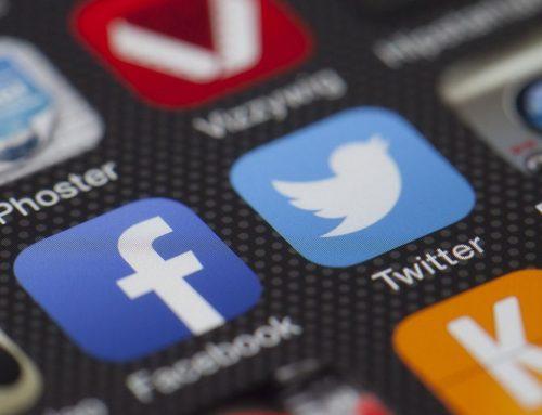 Politikeres brug af sociale medier